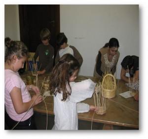 Fig.8 : Atelier de vannerie, Musée de Préhistoire libanaise, Université Saint-Joseph, Beyrouth.